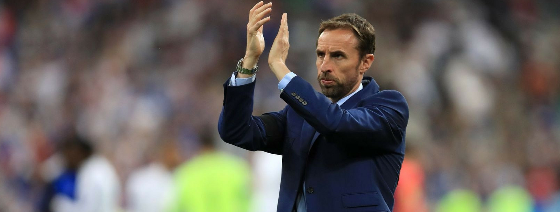 Gareth Southgate clapping