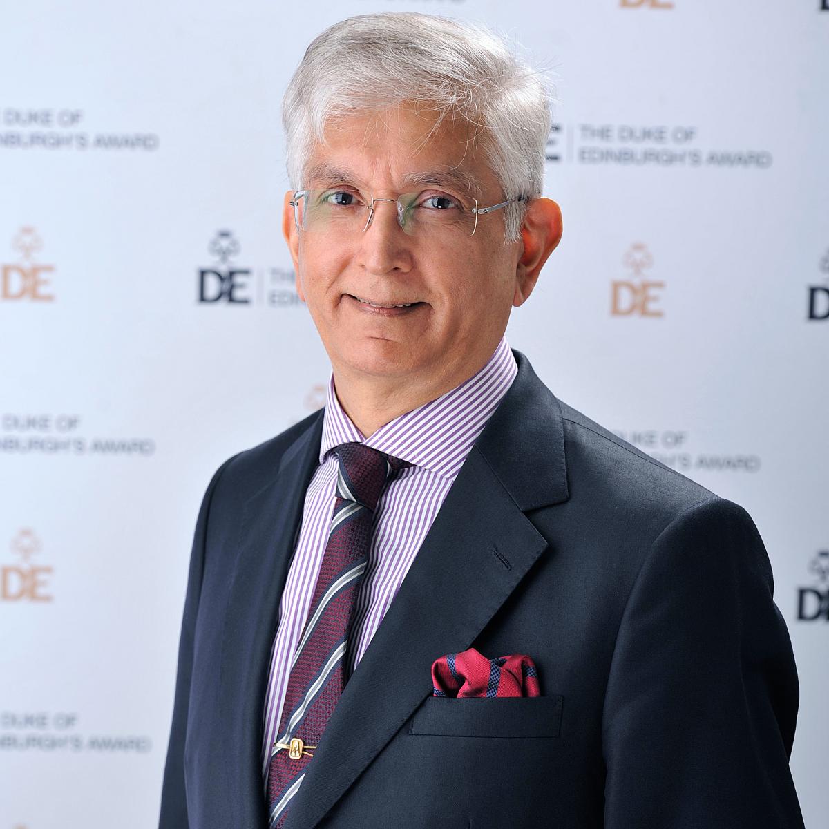 Ashok J Rabheru headshot